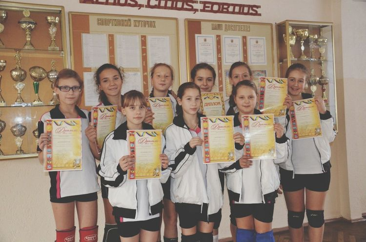 Volleyball im second from the left