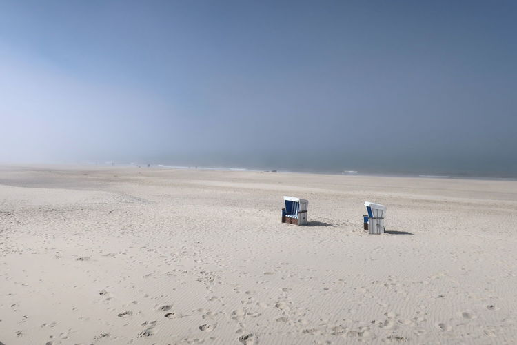 Nordsee Feeling🐚🌾 Nordsee Sylt Strand Sylt, Germany Absence Beach Day Desert Fog Foggy Foggy Day Horizon Horizon Over Land Journey Land Landscape Nature No People Outdoors Remote Sand Scenics - Nature Sky Sylt Sylt_collection