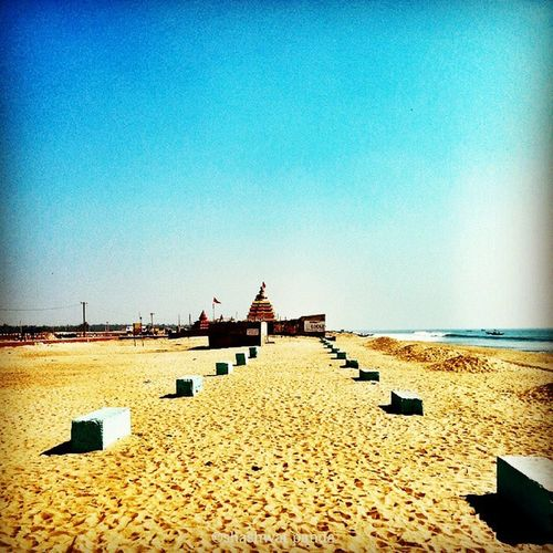 Sunny skies :) Konark Beach Chandrabhaga Bhubaneswar Odisha Mobilephotography Galaxynote2