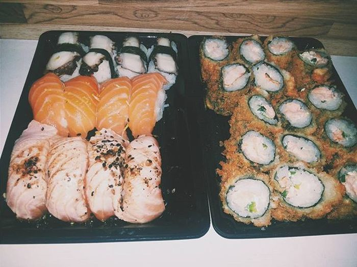 Sobre ontem ♡ com mô ♡ Comidajaponesa Senseisushi Food Vscocam VSCO Vscogrid Vscogram Vscogood VSCOPH Vscocamphotos Instaphoto Instabrasil Vscobrasil Photo Efeito Camera Fotografia Boyfriend Girlfriend Husband