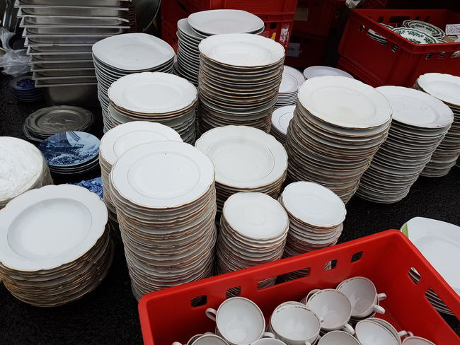 Large Group Of Objects Market Old Plate Porcelain Plate Plates Plates Collection Plate Cooking Equipment Cooking Utensil Recycling Second Hand Market Circulation Secondhand Fleamarket Background Street Market Flea Markets Vintage Market Brocante Second Hand Flea Market Backgrounds Cover