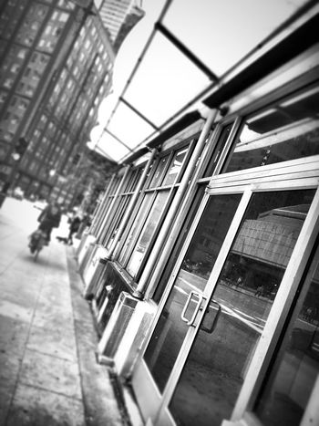 Walk to work in Chicago Transportation Focus On Foreground Public Transport Journey Sky Chicago Taking Photos Reflection The Graphic City
