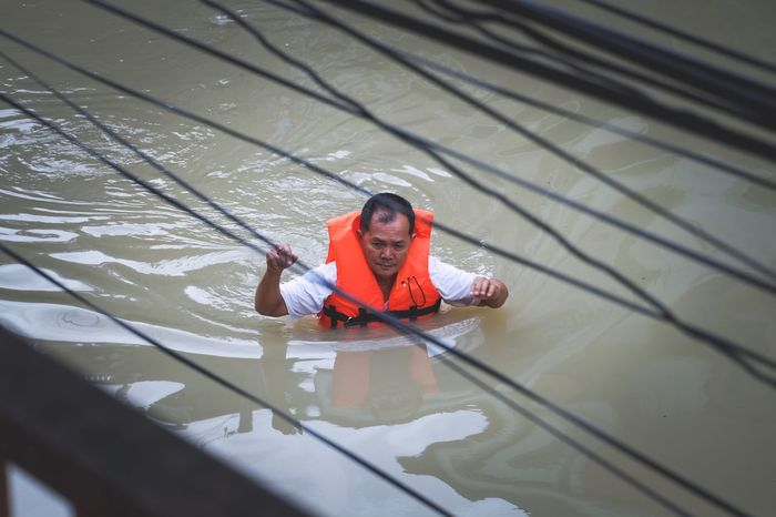 One Person High Angle View Real People Day Outdoors Water Flood นครศรีธรรมราช