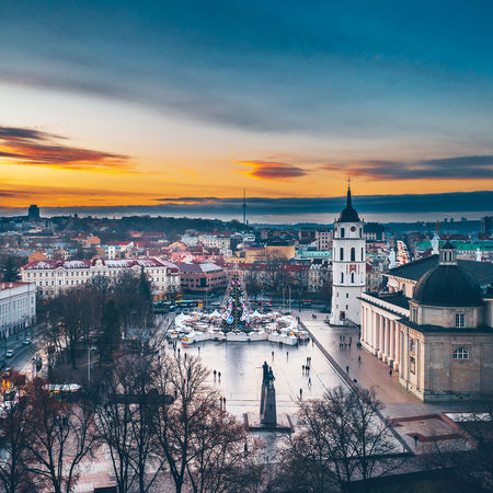 Cathedral square Capture Tomorrow Drone  Aerial View Aerial Mavic 2 Mavic 2 Pro Europe Lietuva Cathedral Square Built Structure Architecture Building Exterior City Building Sky Cityscape Dome Sunset Nature Religion High Angle View Place Of Worship Travel Destinations Cloud - Sky Residential District Crowded Outdoors