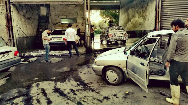 Colour Of Life Check This Out Streetphotography People Summer 43 Golden Moments City Street Street Photography City Life People Photography At Work Work Working Carwash CarWashTime Carwashing