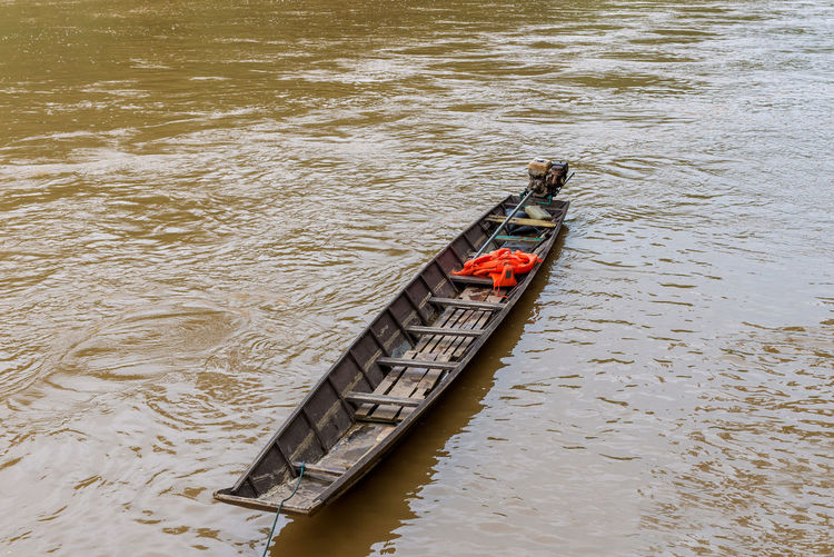 Nautical Vessel Water Transportation Mode Of Transportation High Angle View Day Nature River Outdoors No People Waterfront Travel Rippled Travel Destinations Gondola - Traditional Boat Tranquility Wood - Material Tranquil Scene Oar Sinking