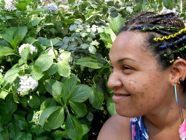 EyeEm Selects Young Women Portrait Beautiful Woman Beauty Smiling Women Beautiful People Happiness Headshot Human Face