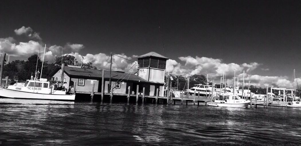 EyeEmNewHere Nautical Vessel Cloud - Sky Water Boat Waterfront Day Outdoors Nature No People Leisure Activity Boat Ride