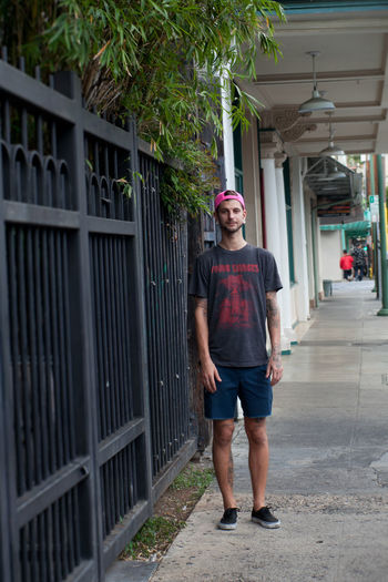 Street Fashion City City Life Fashion Honolulu, Hawaii Individuality Portraits Sidewalk Sunny Accessories Alohastate Apparel Beachwear Clothing Ethnic Honolulu  Islandstyle Multi Cultural Portrait Shoes Street Fashion Streetphotography Style Urban Young Adult