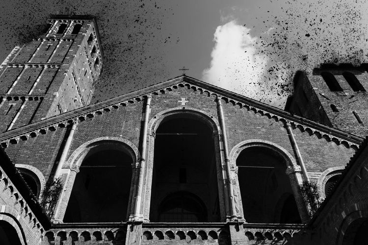 The original photograph of the Basilica di Sant'Ambrogio was taken on the 21st of October 2016 in Milan. Here is a link to the unedited picture if you guys are curious https://puu.sh/uJ5Ka/37ed2ebf34.jpg . I hope you will enjoy my edit since it's the first time I ever attempted to do something with dispersion effects ^_^ Abstract Architectural Column Architectural Feature Architecture Architecture_collection Basilica Di Sant'ambrogio Black And White Blackandwhite Building Exterior Built Structure Church Church Tower City Dispersion Dispersion Effect Drastic Edit Explosion Eye4photography  EyeEm Best Shots History Low Angle View Old Religion Sky Spirituality