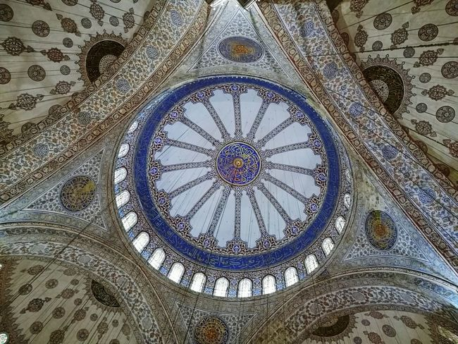 Sultan Ahmed Mosque Travel Destinations Istanbul Religion Cultures Arts Culture And Entertainment Istanbul Turkiye ATATÜRK ❤ Turkey ♡ Turkey💕 Blue Mosque, Istanbul SultanAhmetBlueMosque Turkey♥ Türkiye 💙💛 Place Of Worship Backgrounds Architecture Indoors  No People Low Angle View Ceiling Travel City Building Exterior Place Of Worship