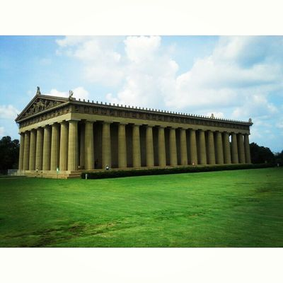 The Parthenon...originally built in 1897 for Tennessee Centennial Exposition. It now serves as the city of Nashville Art museum with a permanent collection of 63 by American Artist from the 19th and 20th century. CentennialPark Parthenon Nashville Tennessee Art Infrosmind Enjoyinglife  LovingLife Vacay