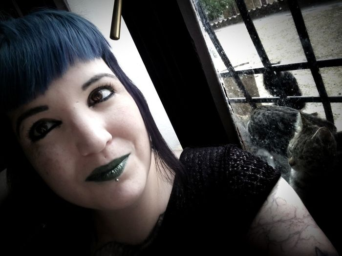 Crueltyfree Self Portrait Natural Light Xperia Xa1 One Woman Only Portrait Greenlipstick Blue Hair Alternative Pale Skin One Person One Woman 33 Indoors
