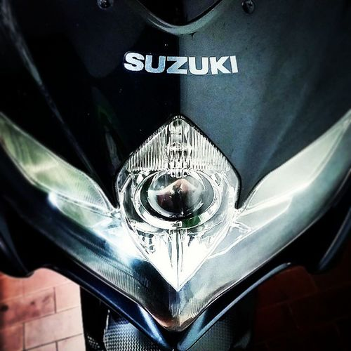 An Angeleye . Beauty. Suzuki GSXR750 Gsxr Headlight GoodJob Polish Goodtimewasted Perfection Superphoto Superbikers