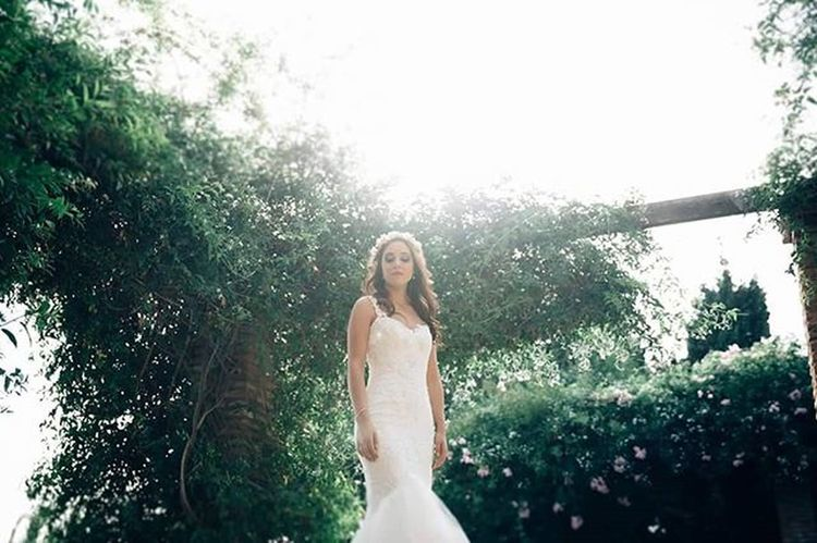 Jessica Postboda Novia Boda Naturaleza Verde PeloLargo Pelosuelto Vestido  Dress Bride Alcazaba Malaga Luz Natural Wedding Weddingphotographer Fotografodeboda Novias Noviasguapas Weddaward