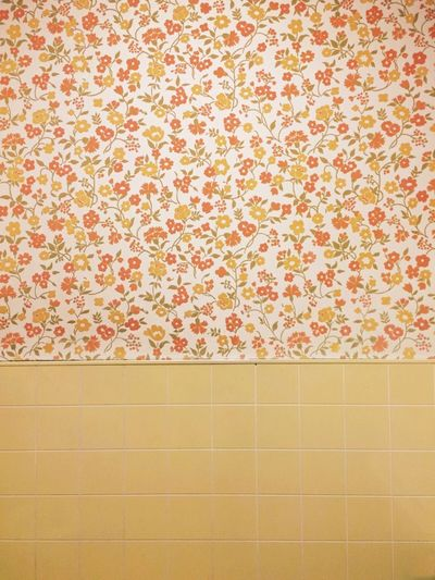 Life Goes On Wallpaper Floral Wallpaper Retro Retro Style 70s Orange 70s Pattern Flower Power Vintage Pattern Floral Nostalgia Retro Patterns Textures And Surfaces Texture Tiles Green Orange Yellow Yellow Flower