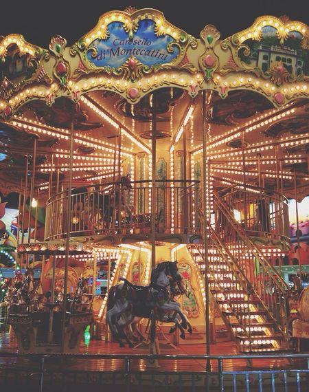 Carosel Carousel Horse Carousels Carousel Carousel Dreams Carouselhorse Carouselle Carouselphotographybybari Caroussel Carousell Taking Photos Hi! Hello World Hanging Out Relaxing Starting A Trip Vacation Vacations Vacation Time Entertainment Bright Colors Super Cool Weekend Weed