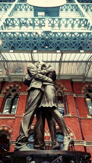 Showcase April St Pancreas Tube Station  London Goodbye Romance Inspire Travel Photography EyeEm Gallery Traveler Uk Eyeem Market EyeEm Best Edits