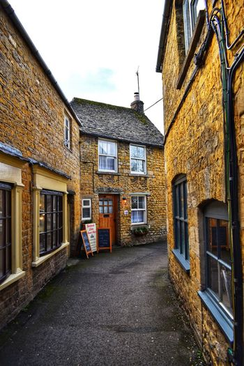 old street Photowalktheworld Countryside Cotswolds Nikonphotographer Nikonphotography Cotswoldvillages Cotswold Stone Bourton On The Water Window Architecture Building Exterior Built Structure Sky Entryway Closed Door Front Door Entrance Façade
