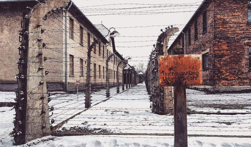 Memorial Memorial Site Camp Auschwitz  Birkenau Auschwitzbirkenau Poland Wanderlust Travel Reise Reisen Travelphotography Travelgram Instatravel Europe Snow Cold Temperature Winter Snowing Weather Sky Close-up Railroad Track