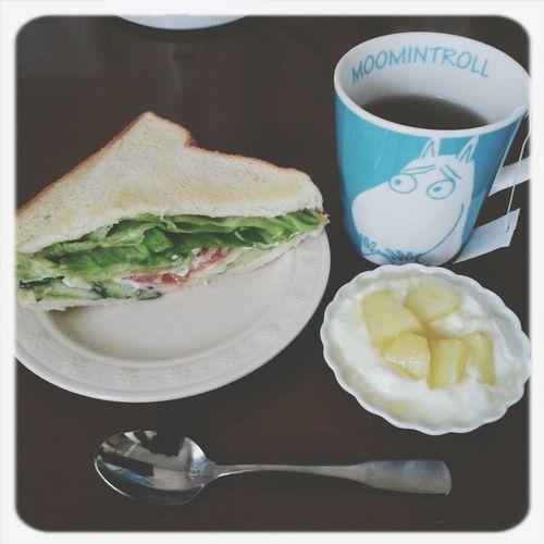 いつぞやの朝ごはん。食べたつもりで朝食抜きます。