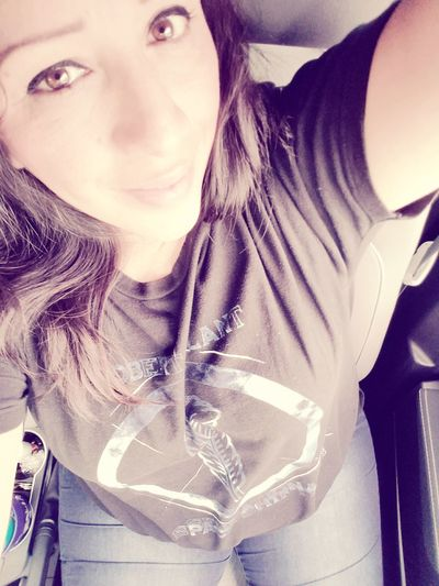 Taking a break from Ubering & taking selfies too, lol... Close-up Lifestyles Photographic Love Uber Driver