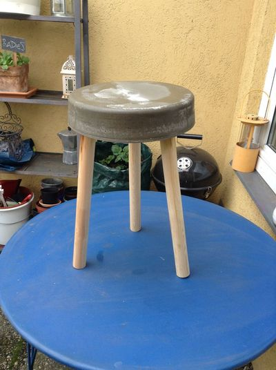 BYOFu - Build Your Own Furniture Concrete Stool