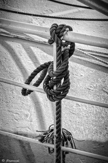 Black & White Rope Knot Hardware