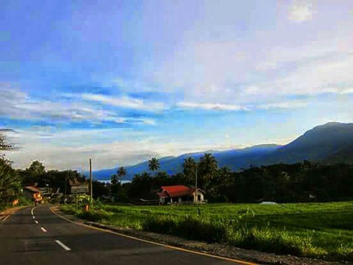 The Adventure Handbook INDONESIA Westsumatera Road Trip