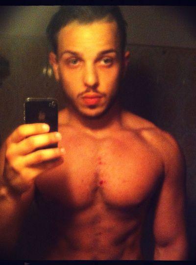 Relaxing Bodybuilding Selfportrait Body & Fitness That's Me Kik Today's Hot Look I Love My Body Self Portrait Portrait