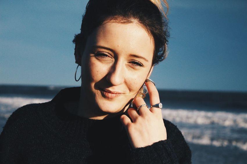 Squinting Light Sun Beach Girl Cozens Cousins Family Color Portrait Portrait Light And Shadow Blue