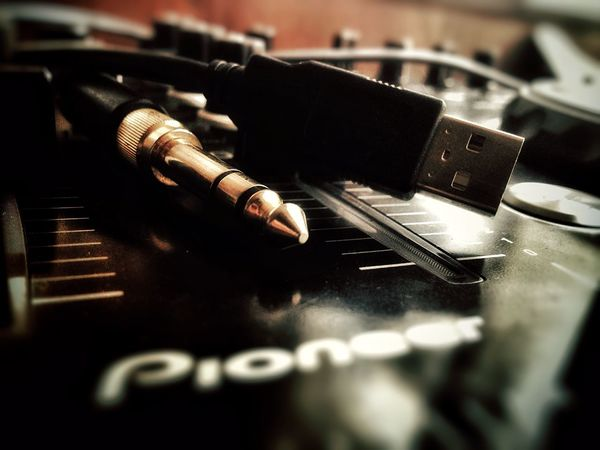 Pioneer Ddj Ergo Dj Controller Turntable Music Jack Headphones