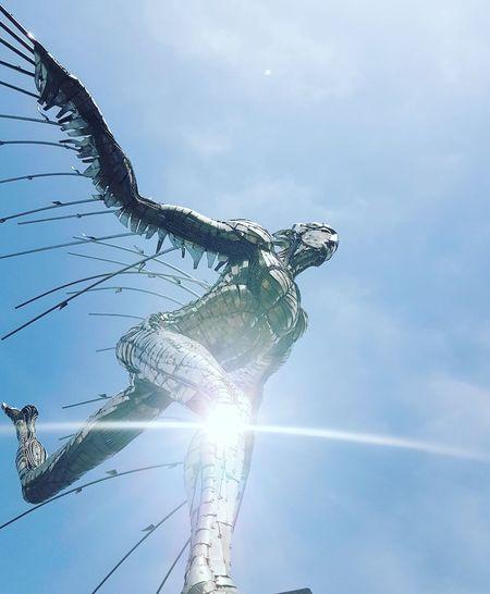 Fly Sky Figures Installing Nature Photography Figura Figuresinwavea Flaying Dreams