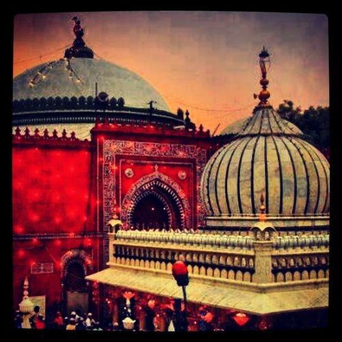 Holy Shrine of HazratNizamuddinAulia Sufi Saint Nizamuddin Liberal Islam Hinduism UrsMubarak DelhiHeritage Monument Culture Delhi