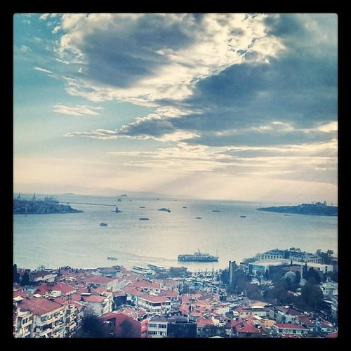 Kaosun daayri guzel Istanbul Istanbul Bosphorus Cityofcats Oldcity sultanahmet clouds themostbeautifulcity chaos