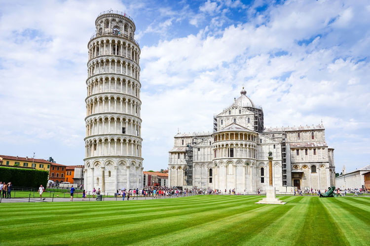 View of leaning tower of pisa against sky