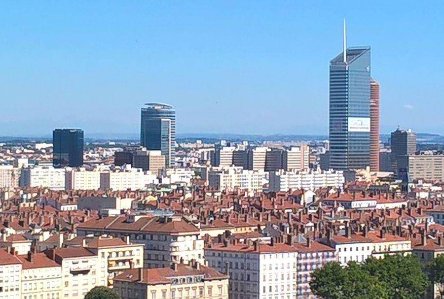 Lyon : la Croix Rousse ou l'ont peu voir la plus belle vue de Lyon et apercevoir au mieux la tour Incity