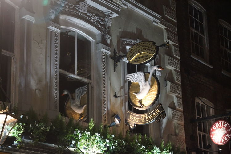 Beautyuk Visiting London Citybynight Loveit Christmas Lights Christmas Decoration Lovethiscity Visitlondon My Point Of View Mylondon Photography My Photography Sony Sonyalpha Night Illuminated No People Statue Architecture Indoors  Sculpture Close-up