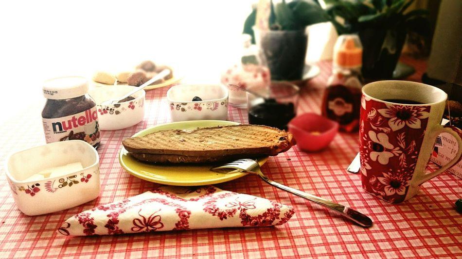 Güzel havayı kaçırmamak için mini kahvaltı yapmak lazım 😊