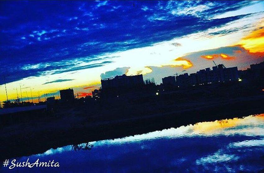 Sushamita Ecrroad Ecrphotography ECR Nammachennai Streetphotography Outdoorphotography Blue Sky Water Nikonphotography Nikondslr Nikon NikonD5000 Sunset Dusk Evenings Photographylovers Tamilnadu India Sochennai