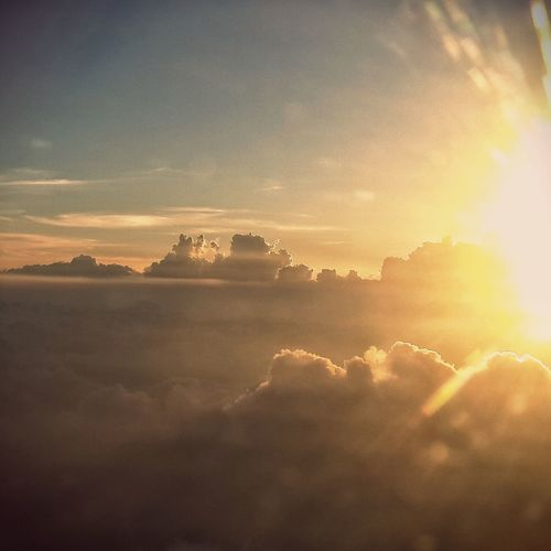 Sunshine over the sky From An Airplane Window EyeEm Best Shots - Sunsets + Sunrise Travelling Hello World