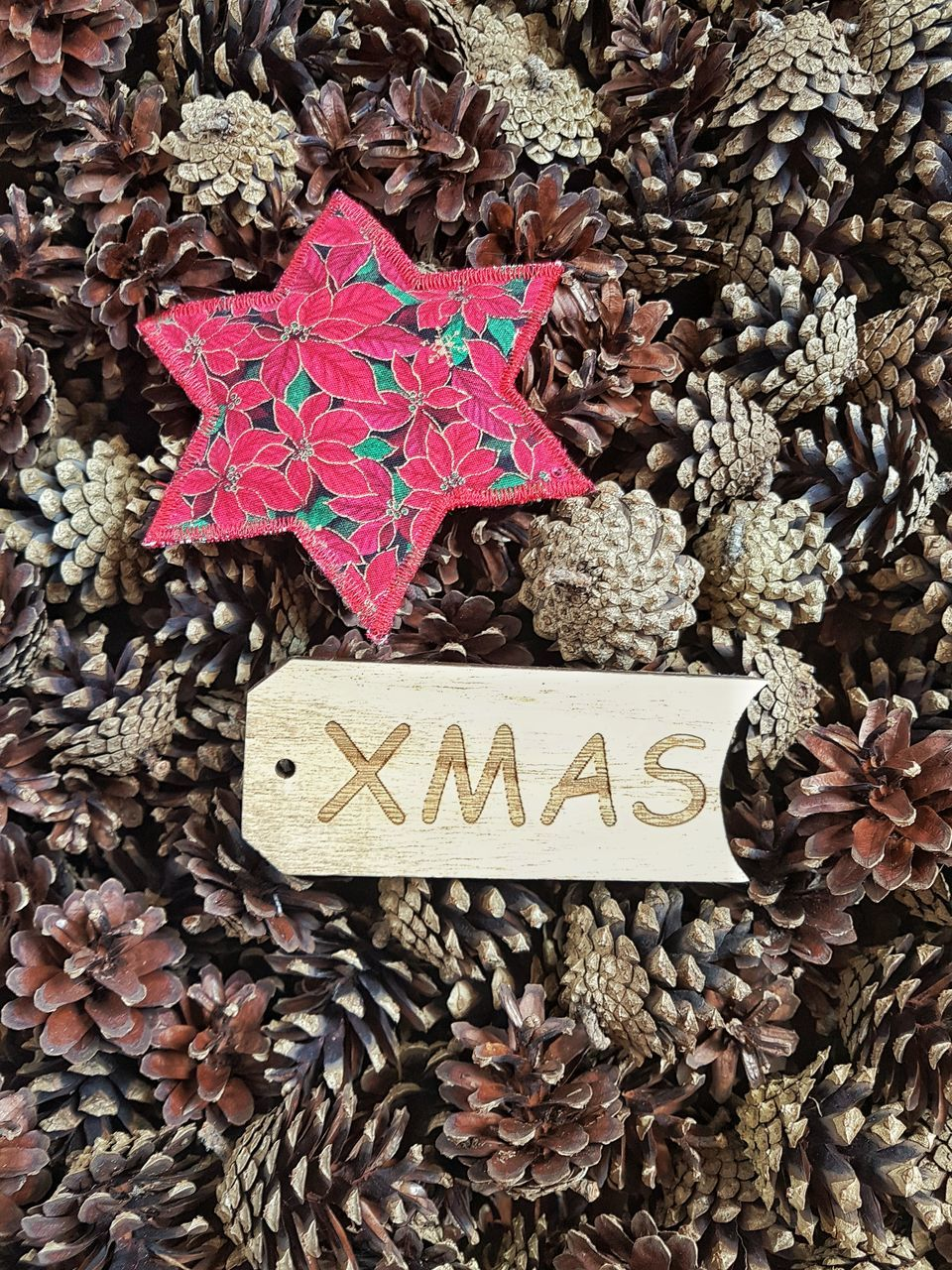text, communication, celebration, close-up, no people, christmas, indoors, studio shot, day, red, christmas decoration, freshness