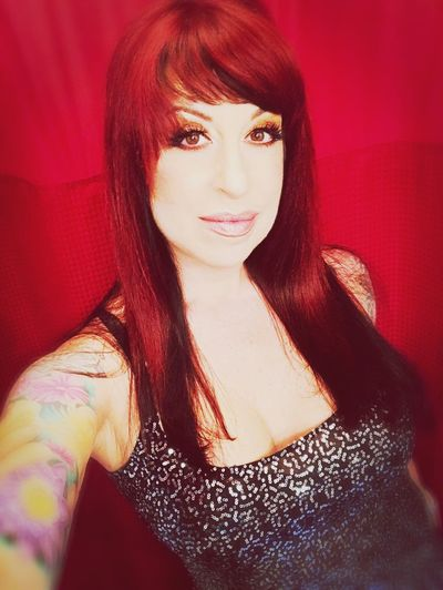 Throw your stones... Glam SexyGirl.♥ Redhead Girlswithtattoos Womenwithink Womenwithtattoos ShowMeYourDarkSide Girls With Tattoos SuicideGirls Sickofitall Don't Care