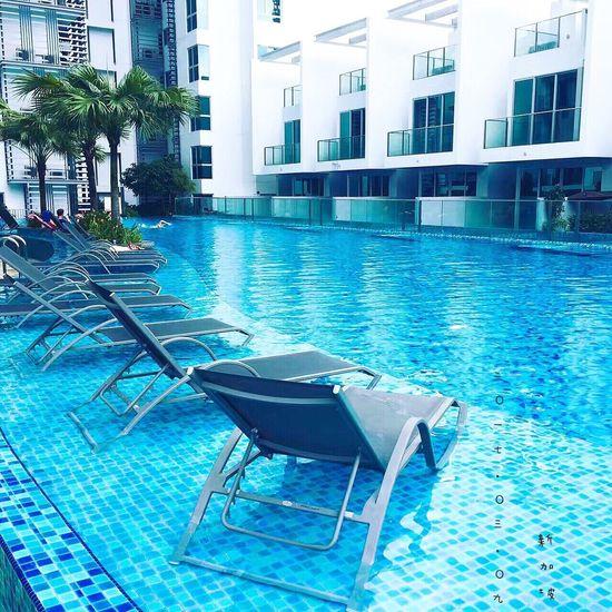 準備在泳池懶一下午~☁️🌞 Enjoying Life Photography Hello World First Eyeem Photo Happy Singapore