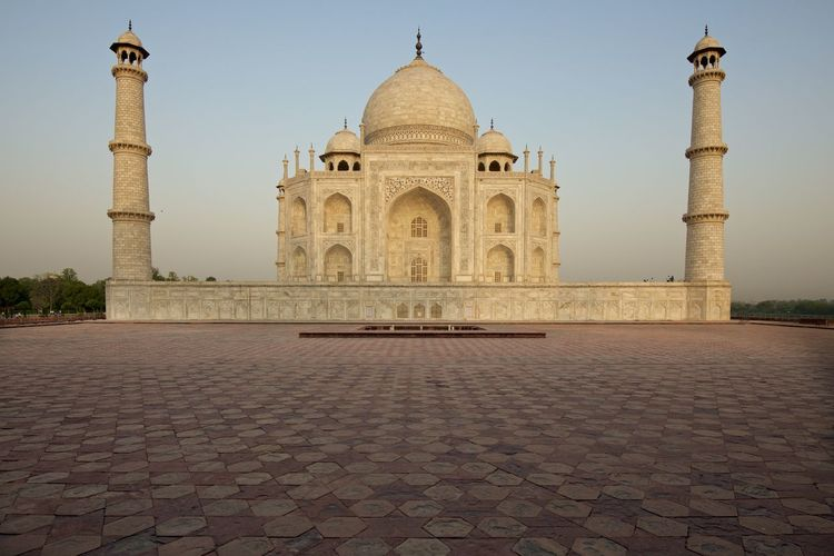 Ancient Architecture City Clear Sky Cultures Day Dome Fashion History India No People Outdoors Place Of Worship Sky Taj Mahal Travel Travel Destinations First Eyeem Photo