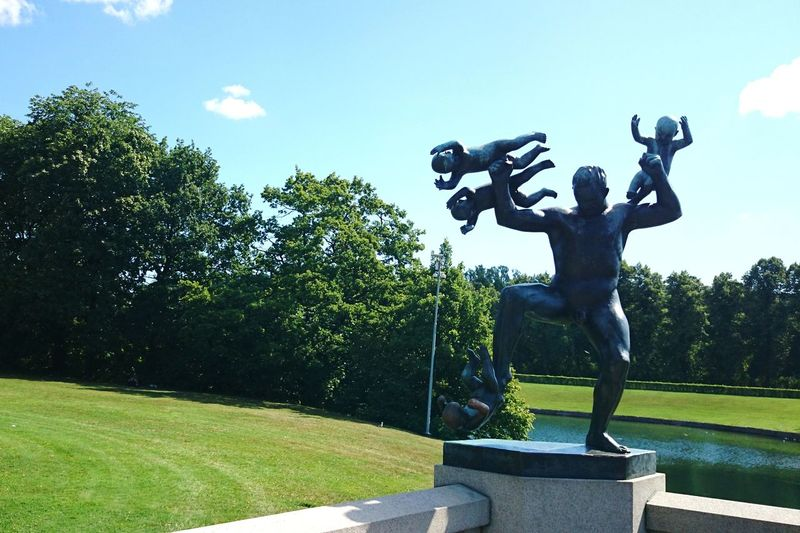 Park Gustav Vigeland Vigeland Sculpture Park Tree Sky Grass Statue Sculpted Human Representation Sculpture Park - Man Made Space