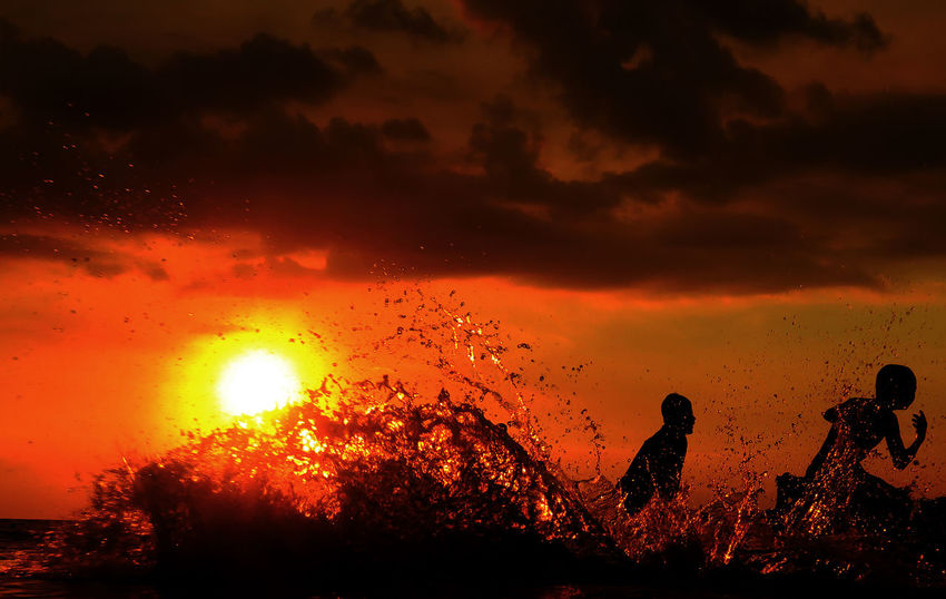 From My Eye Of View Lombok Gallery Sunset Silhouettes EyeEm Lombok Island Colour Of Life Lombok-Indonesia Indonesia_photography Sunset Beachphotography Sunset_collection