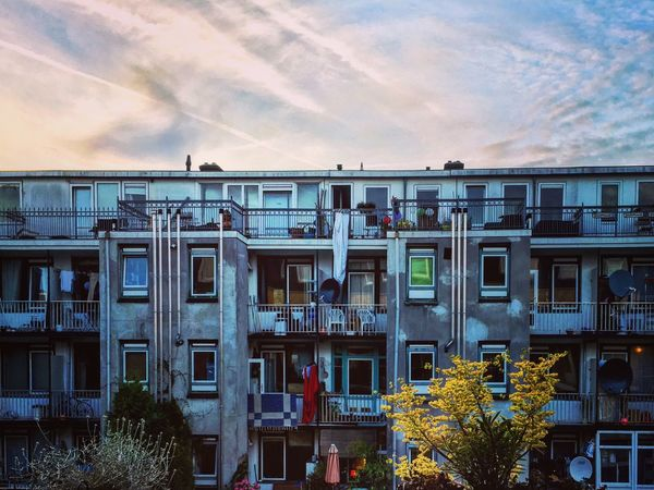 Building Façade End Of The Day Sunset Colorful Architecture Architectural Detail Amsterdam Netherlands Light And Shadow City View  Urbanphotography Mmaff From My Point Of View Eye4photography  EyeEm Gallery Taking Photos Hello World EyeEm Best Edits Showcase July