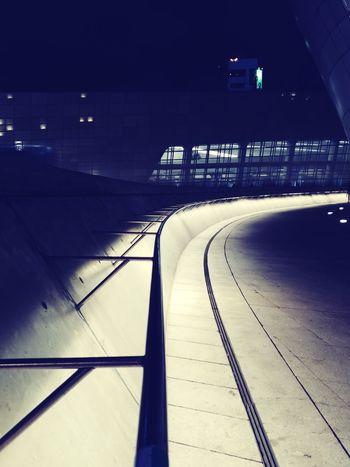 Seoul, South Korea Gina Ginatravels Travelessentials Travelbug Wanderlust Globetrotter Globetrotting Newdiscoveries Lifestyle Lgv30+ LGV30Plus ShotOnLGV30 LGV30photography Lifeisgood Holidays Seoul South Korea City Cold Temperature Winter Illuminated