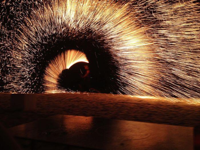 ไม่ได้หาดูง่ายๆนะกระบองไฟ HUAWEI Photo Award: After Dark